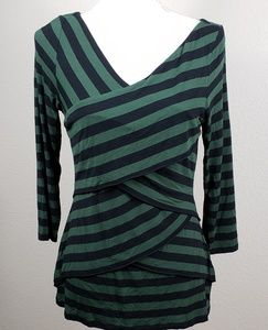 Vince Camuto | Fit and Flatter Striped Top